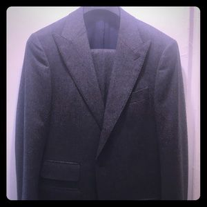 Other - %100 Pure Wool Gray Suit SZ 38L - Made in Italy